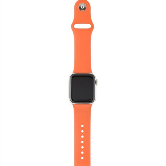 x Hermes series 4 Apple Watch & 40mm double strap
